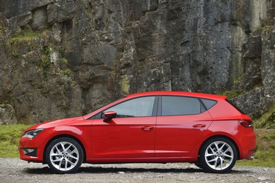 SEAT Leon continues its winning ways with Carbuyer 'Best Family Car' award