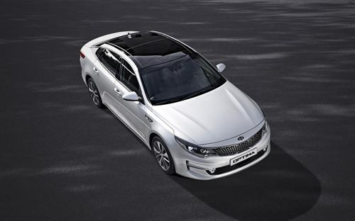 HIGH-CLASS CABIN AND CUTTING-EDGE TECHNOLOGY FOR STYLISH ALL-NEW KIA OPTIMA