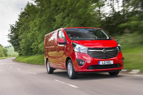 BRIT-BUILT VIVARO AWARDED TOP HONOUR AT COMMERCIAL FLEET AWARDS 2015