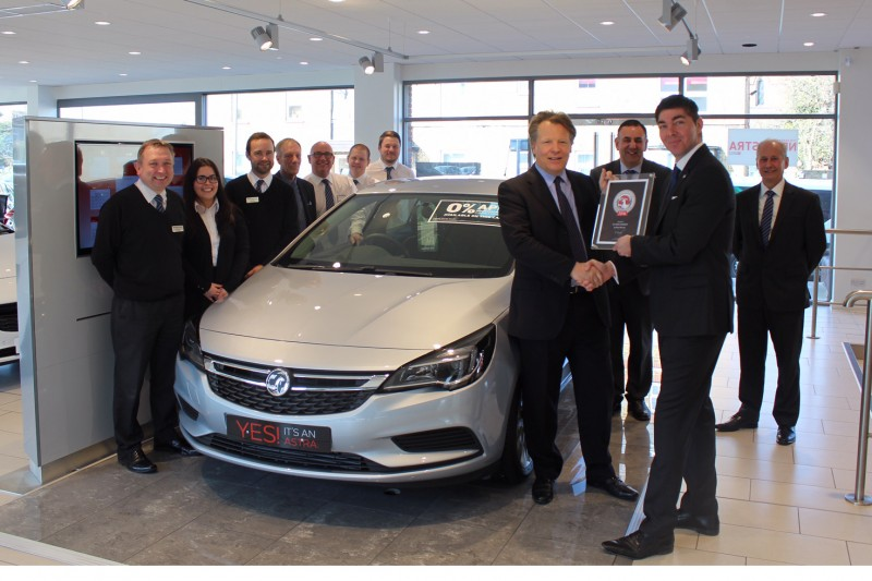 WJ KING WIN VAUXHALL CUSTOMER EXCELLENCE AWARD