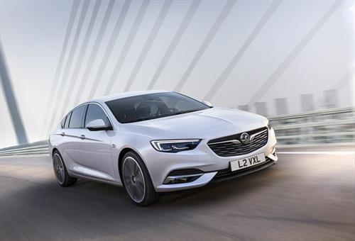 VAUXHALL REVEALS ALL-NEW INSIGNIA