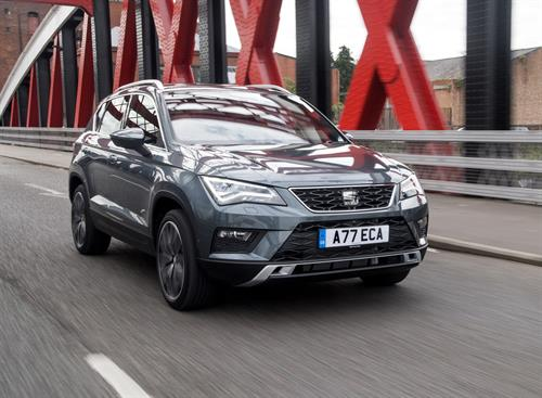 SEAT ATECA COMPLETES A STUNNING FIRST YEAR OF AWARDS WITH CAR DEALER POWER CAR OF THE YEAR TITLE