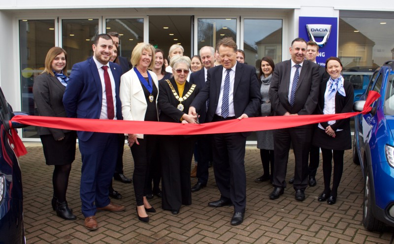 WJ King announce grand opening of new Dartford Dacia dealership