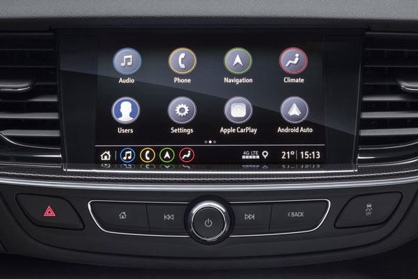 VAUXHALL DEBUTS NEXT-GENERATION INFOTAINMENT SYSTEMS ON INSIGNIA