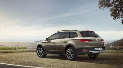 SEAT confirms UK pricing and specification for new Leon X-PERIENCE