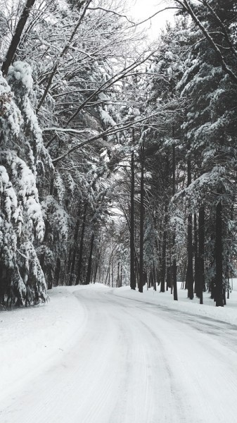 TOP TIPS: Driving in Ice and Snow